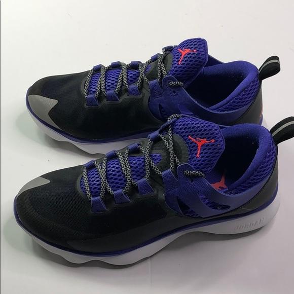 competitive price fbe40 5f812 Jordan Flight Runner Black Infrared 23. M_5b8cac8cdcfb5aa64736f29e